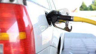 セルフスタンドの給油の方法