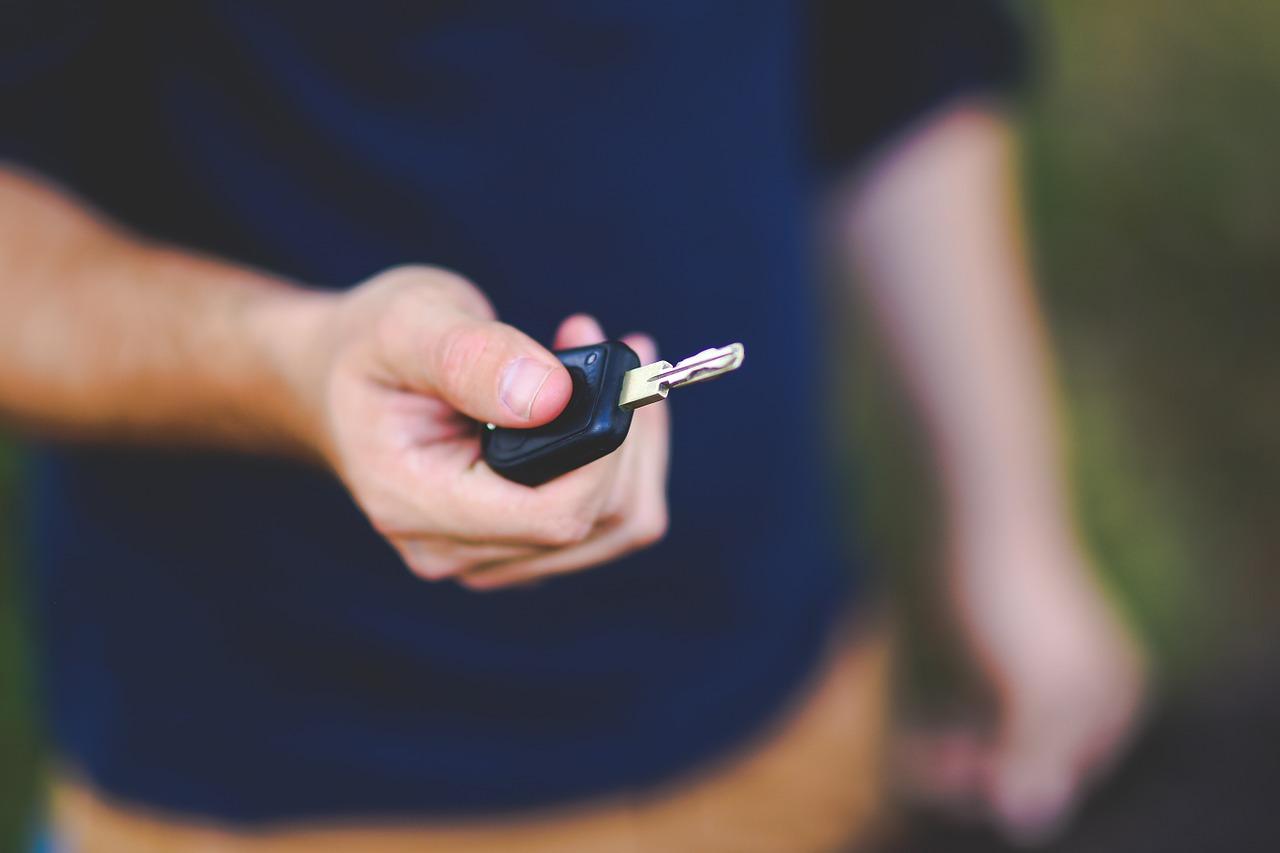 車買い替え時の保険の切り替え時期